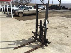 Gnuse 3-Pt Pallet Forks W/Hydraulic Top Link