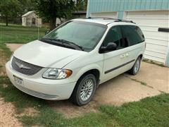 2006 Chrysler Town & Country 2WD Mini Van