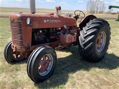 1952 McCormick-Deering International Super WD-9 2WD Diesel Tractor