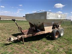 1977 CO-OP Pull-Type Dry Fertilizer Cart