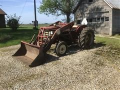 International 340 Utility Compact Utility Tractor W/Loader
