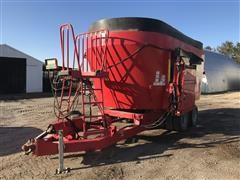 NDE 2656 T/A Vertical Mixer Wagon