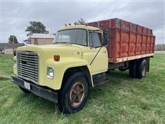 1977 International Loadstar 1600 Dump Truck