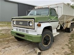 1976 Chevrolet C65 Scottsdale T/A Hydraulic Augered Feed Truck