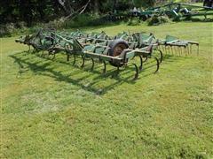 John Deere 1100 20' Folding 3 Point Field Cultivator