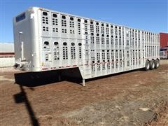 2002 Wilson DSDCL-302 Tri/A Livestock Trailer