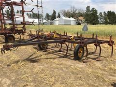 Krause 27100 Chisel Plow