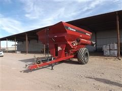 2012 Orthman 1010 Warrior Grain Cart