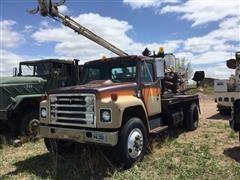 1980 International 1924 Digger Truck