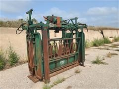 Valley 51 Hydraulic Squeeze Chute