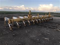 Buffalo 6600 12R30 Cultivator