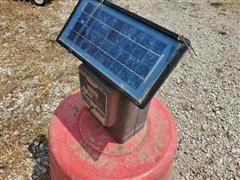 Parmak DF-SP-LI Solar Pak Electric Fencer