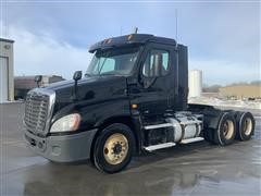 2012 Freightliner Cascadia 6x4 T/A Truck Tractor