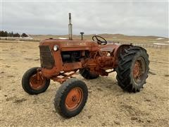 Allis-Chalmers D14 2WD Tractor