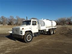1981 International 1854 T/A Fertilizer/Water Truck
