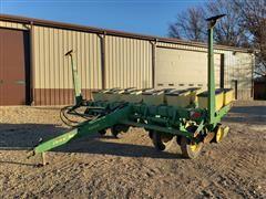 John Deere 7000 6R30 Planter