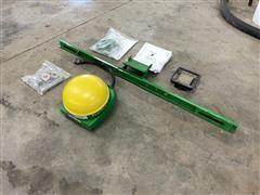 John Deere Starfire 3000 GPS Receiver & Mounting Brackets