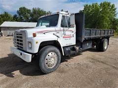 1985 International 1955 S-Series S/A Flatbed Dump Truck