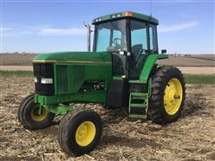 1995 John Deere 7600 2WD Tractor