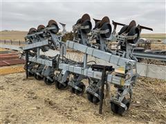 Hiniker 6000 Flex Fold 12R30 Cultivator