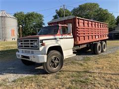1977 GMC C6500 T/A Grain Truck