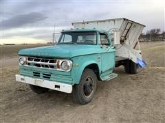 1969 Dodge D500 S/A Feed Truck