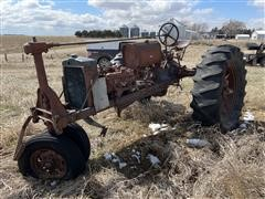 Farmall F-20 2WD Tractor (INOPERABLE - For Parts Only)