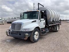 2002 International 4300 SBA S/A 2WD Water Truck W/Pump & Spray Nozzles