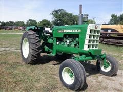 1964 Oliver 1800 Gas 2WD Tractor