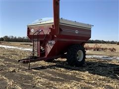 J&M 750-14 Grain Cart
