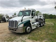 2011 Freightliner Cascadia 125 T/A Day Cab Truck Tractor