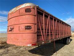 1956 Wilson FST 39-6 T/A Livestock Trailer