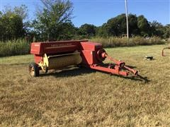 Sperry New Holland 316 Small Square Baler