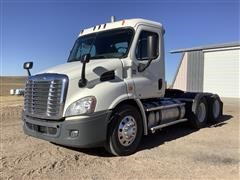 2012 Freightliner Cascadia 113 T/A Truck Tractor