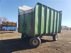 Gnuse Forage Dump Wagon
