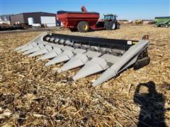 """2006 Gleaner 3000 Hugger 8R36"""" Corn Header"""