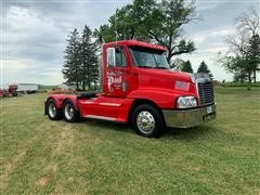 2006 Freightliner Century Class S/T Day Cab T/A Truck Tractor