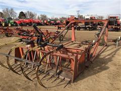 Farmhand F25 Front Loader Attachment