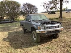 1991 Toyota 4x4 Parts Pickup (INOPERABLE)