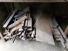 items/9ded98b95d91eb1189ee00155d42e7e6/freestandingsteelrackcontents_daa2a9f2b56048b299a0215085de1c38.jpg