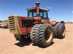 1982 Versatile 895 4WD Tractor