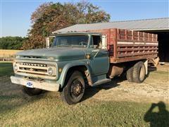 1966 Chevrolet C60 S/A Grain Truck