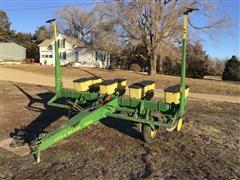 """John Deere 7000 4R38"""" Pull-Type Planter"""