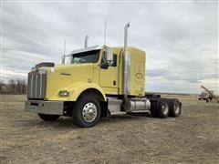 2004 Kenworth T800 T/A Truck Tractor