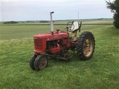 International H 2WD Tractor