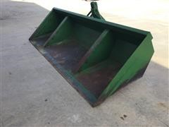 Gnuse 12' Hydraulic Dump Scoop