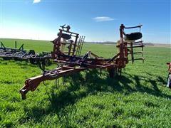 Krause 2340 22' Wing-Fold Field Cultivator