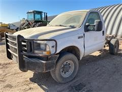 2004 Ford F350 Cab & Chassis (INOPERABLE)