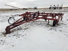 International 5500 Chisel Plow
