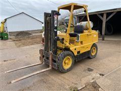 Clark CFY40B Forklift